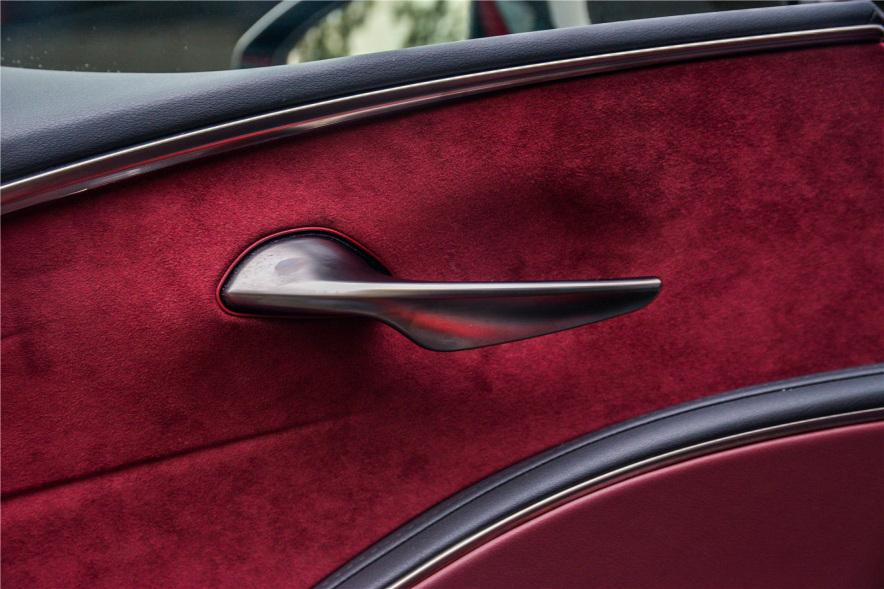 2018款 雷克萨斯 LC 500h 运动版 炫红色