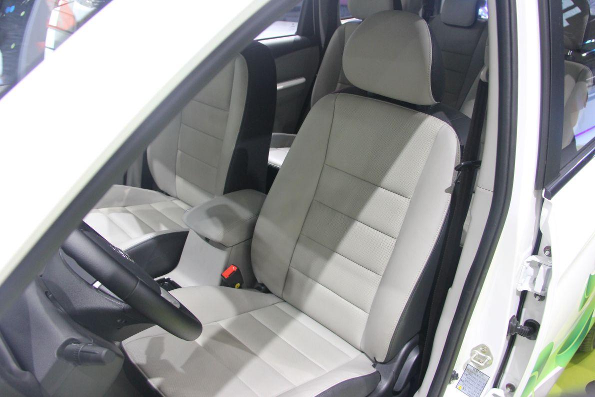 2016款 东风风行S500 车展 座椅空间