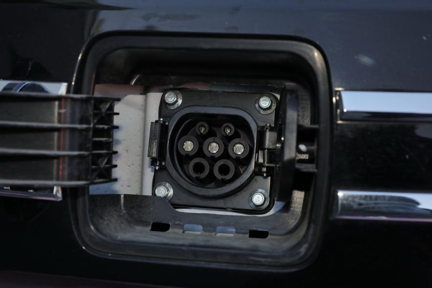 2018 众泰 E200 Pro 玫瑰金 黑色