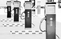 北京充电桩建设实行双轨制:政府建公用,个人搞自用