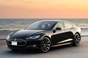 Tesla Model S固件升级6.0,新增远程启动等七项功能