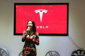 中国首家特斯拉展厅迎周年庆 将推二手车置换业务