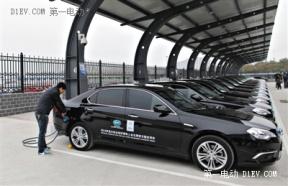 首都机场充电站投运 千个电动汽车充电桩年底前建成