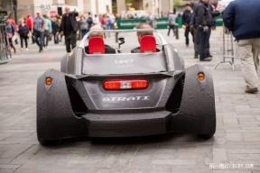 首款3D打印电动汽车试驾纽约街头 续航100公里