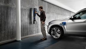 宝马酝酿电动车变革 全新插电混动平台从3系开始