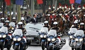 雪铁龙DS5混动车成为法国总统奥朗德座驾