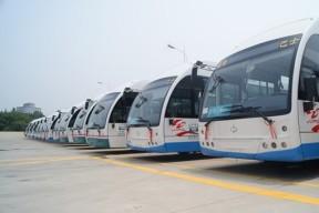 青岛将大规模更换电动车 30辆电动公交今上路