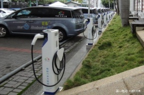 仅有数十个充电桩 东莞充电设施跟不上电动汽车步伐