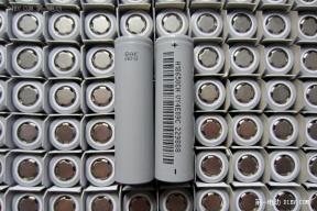 深圳比克签订大单 将为重庆中力8000辆新能源物流车提供电池