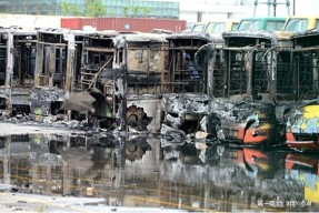 厦门混动公交起火 分析动力电池是否存在安全风险