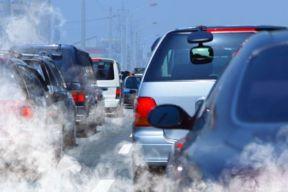 推广电动汽车应结合治理污染契机