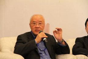 李安定:新能源车中国发展路径的选择