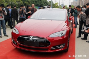 上海首批特斯拉提车人女性为主 已申请最高10万元补贴