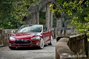 特斯拉宣布将对Model S进行持续软件升级