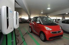 美国研发出新一代电动汽车充电器 可根据用电需求调节充电功率