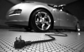 新能源车保养成本降7成 促新能源汽车推广