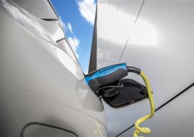 新能源汽车产业12月获9项政策支持
