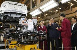 国务院通过五项决议支持新能源汽车产业发展