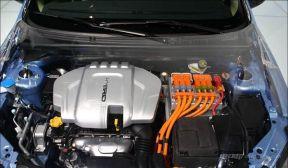 """破解新能源汽车电池""""瓶颈"""" 换电模式或可一试"""