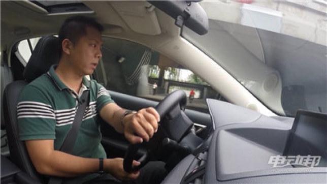 雷克萨斯CT200h视频评测-驾驶篇