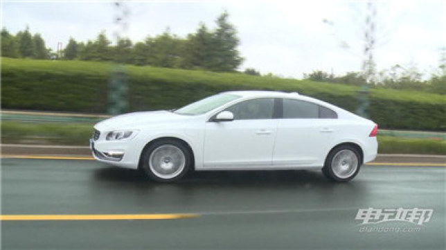 沃尔沃S60L视频评测-驾驶篇