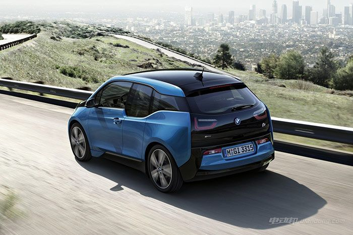2017-bmw-i3-gets-range-increase-thanks-to-33-kwh-battery_4