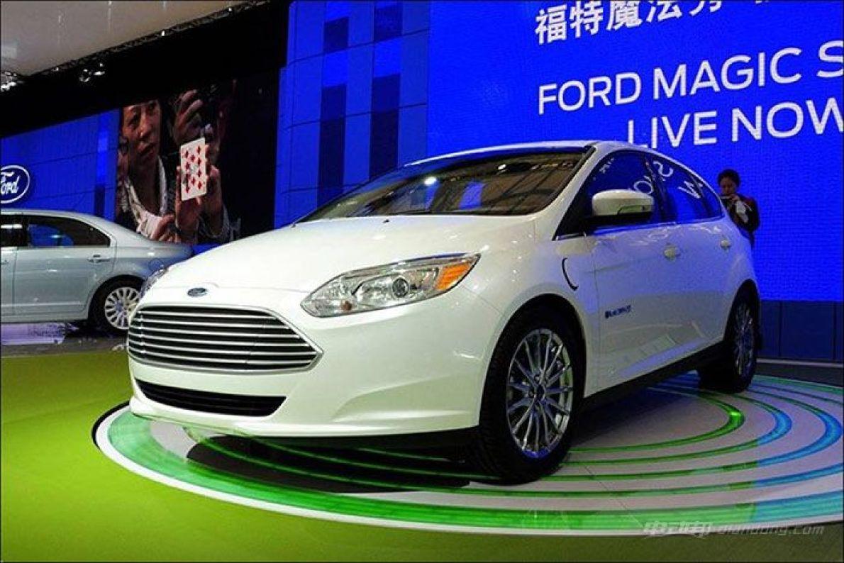 """福特汽车推""""中国行动"""" 到2020年推13款电动车"""
