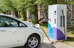 杭州发布充电设施推进办法 充电桩安装一路绿灯
