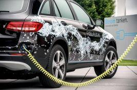 奔驰首推GLC插电氢燃料电池车 续航达500公里