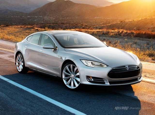 电动汽车动力选择:锂电池vs蓄电池