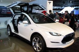 Model X、EX200入选第8批北京电动车目录