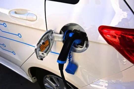 纯电动汽车电池维护 你真的懂吗?