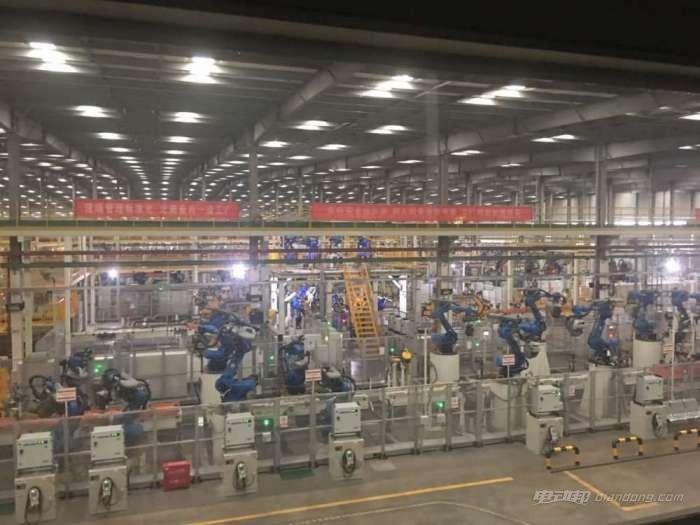 比亚迪西安工厂某自动化车间