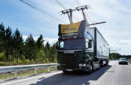 瑞典测试卡车行驶时充电 导线直接为电池充电