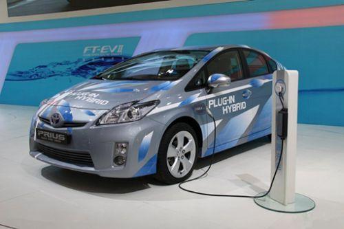 丰田的插电式混合动力版新款普锐斯