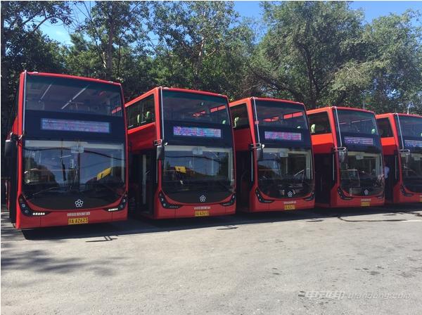 国内首条纯电动双层观光车线路开通