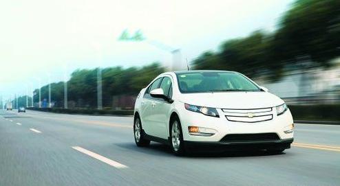 """电动汽车为啥越看越""""顺眼"""" 经济实用是关键"""