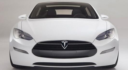 Tesla Model S 车型