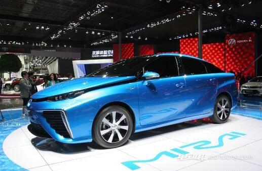 丰田氢燃料电池汽车