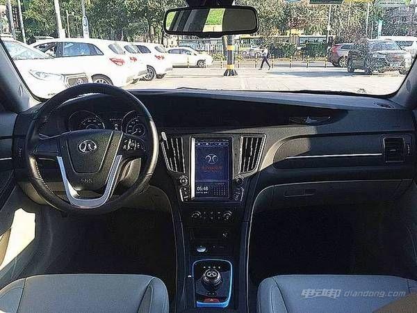 eu260国产纯电动汽车9