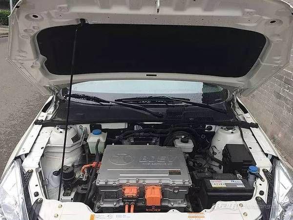 eu260国产纯电动汽车14