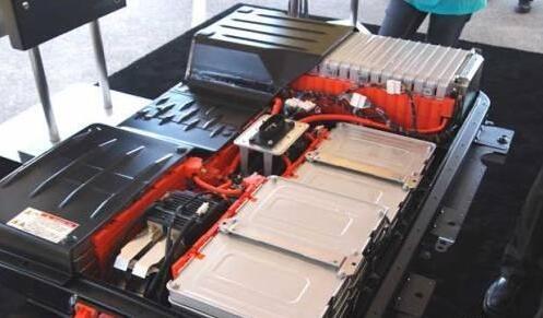电动汽车是什么电池?