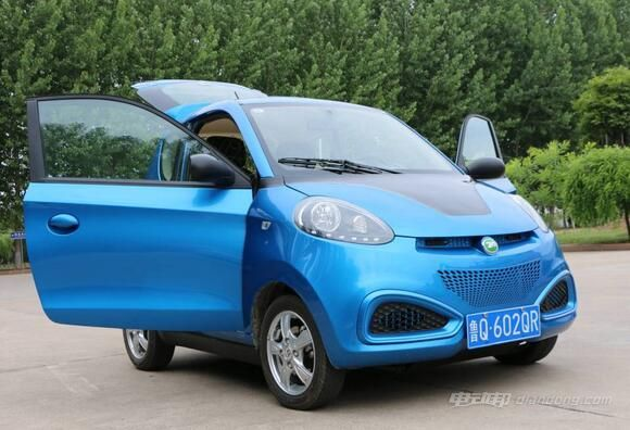 知豆电动汽车价格:知豆 D1