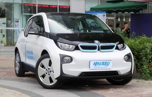宝马电动车i3价格及车型介绍图片
