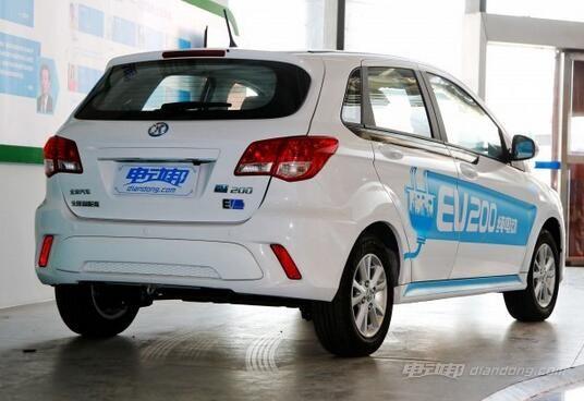 北汽报价:EV200 轻快版外观