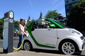 """德国通过""""2030年起禁售内燃机车型""""决议"""