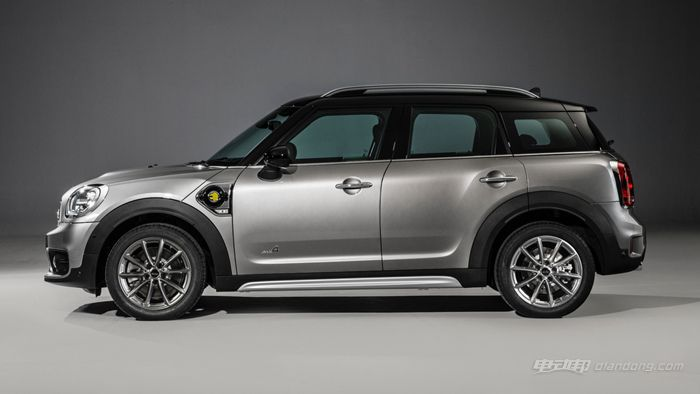 2017-mini-cooper-s-e-countryman-all4 (2)_副本