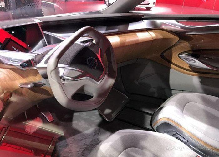 日产 Terra 纯电动概念车