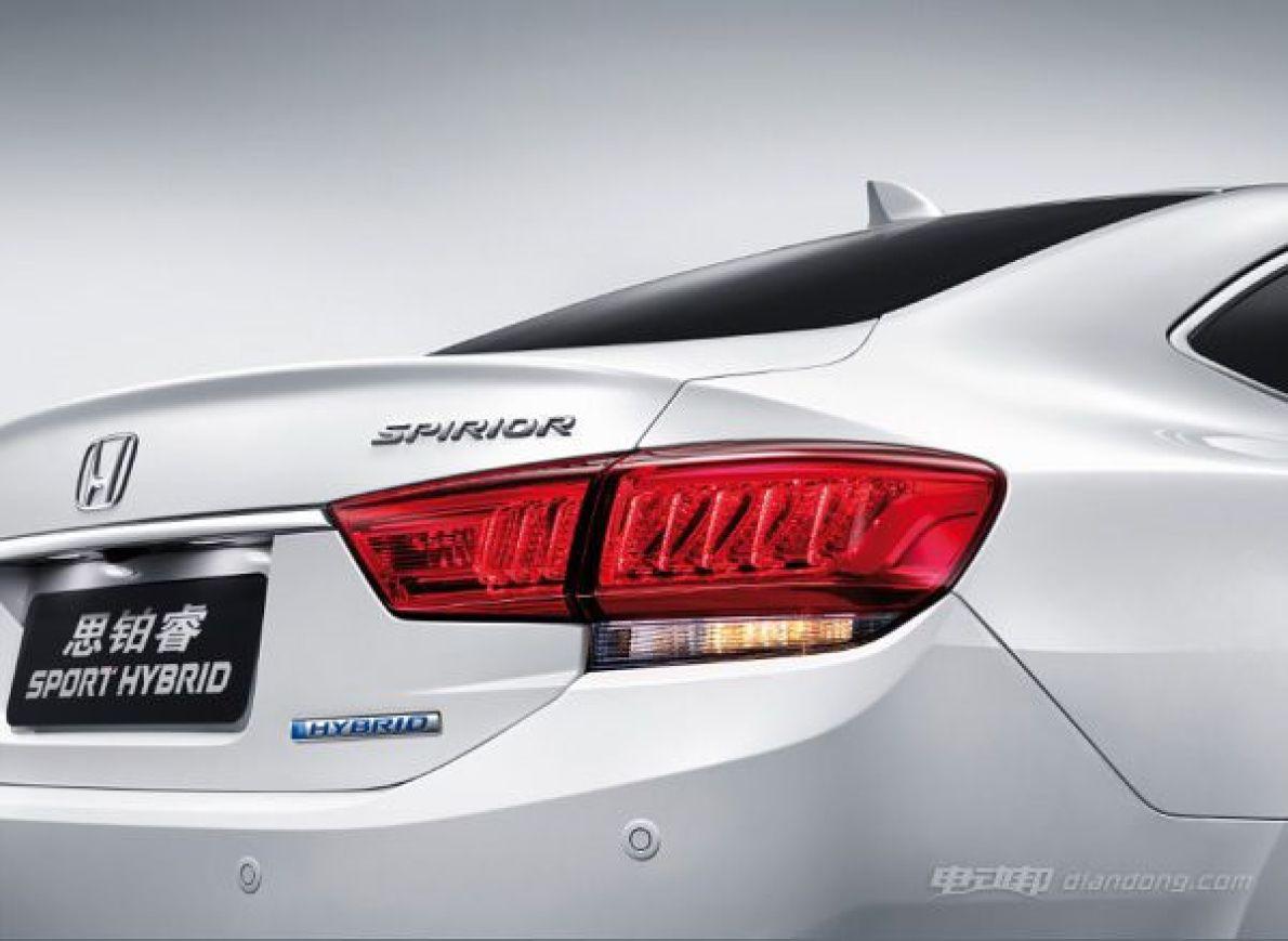 百公里油耗4.2L 思铂睿混动车型明年1月上市