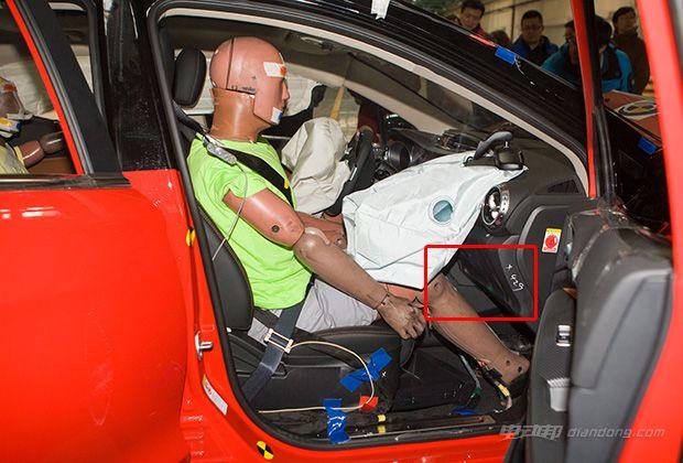 3系e90乘员保护系统异常电路图